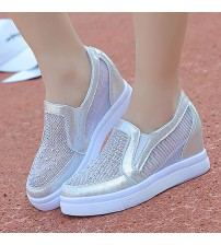 Elegant Trendy Sneakers