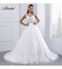 Lace Appliques Sleeveless Bridal Gowns Crystal Sashes